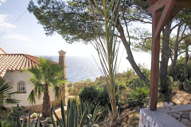 Javea - samostatná vila v  1.linii u moře