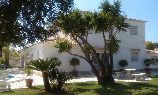 Els Poblets - vila blízko pláže