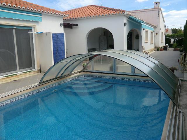Vila Els Poblets u moře