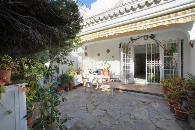 Řadový dům v Arroyo de La Piedras - Marbela - ref.